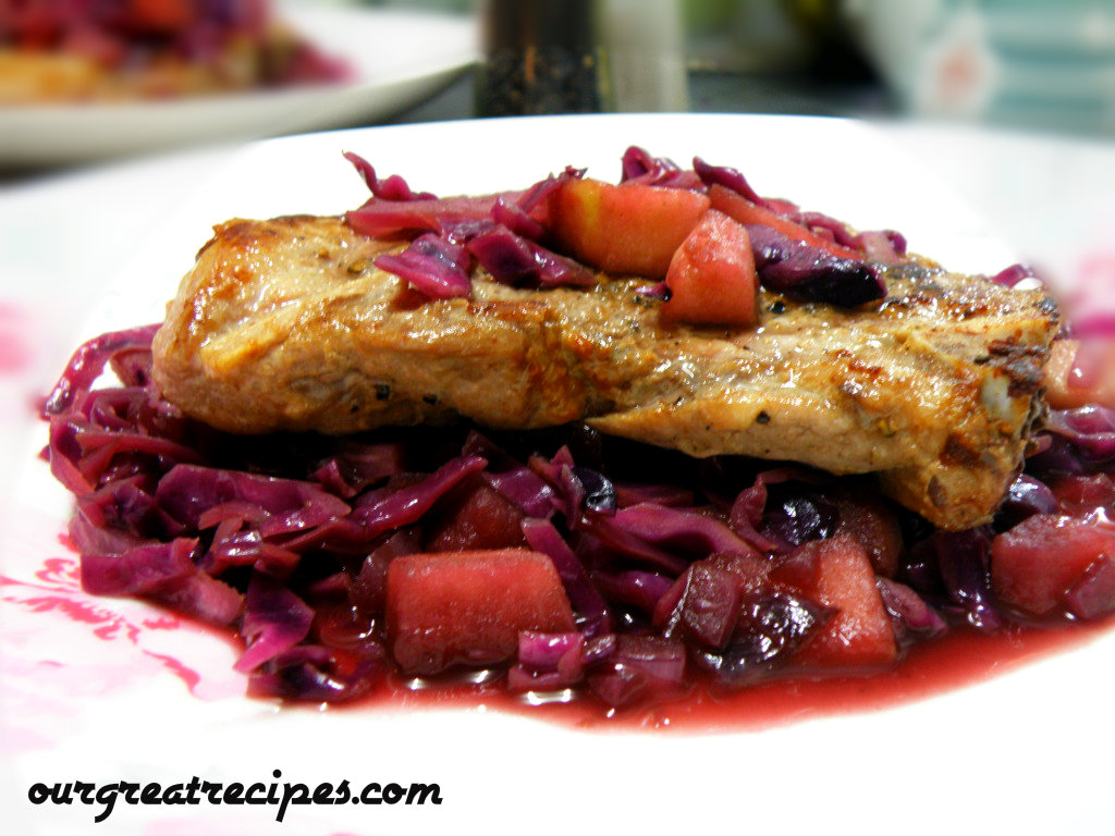Pork chops with Red Cabbage and Apples