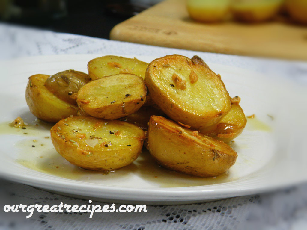 Pan Fried Potatoes with Rosemary and Garlic