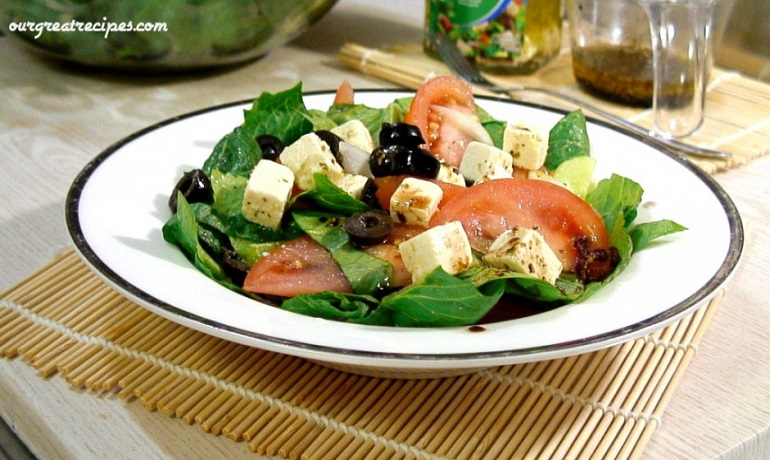 Greek-Salad-2-940x528